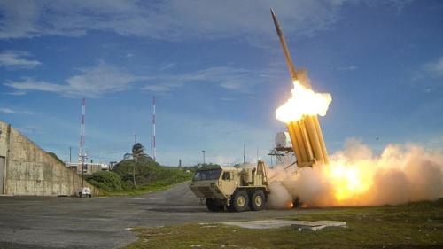 【衝撃】韓国のTHAAD反対派、道路に勝手に検問所を設置し軍の輸送を妨害・・・のサムネイル画像