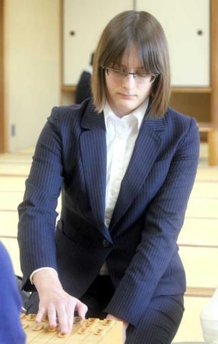 将棋界初、外国人女流棋士誕生のサムネイル画像