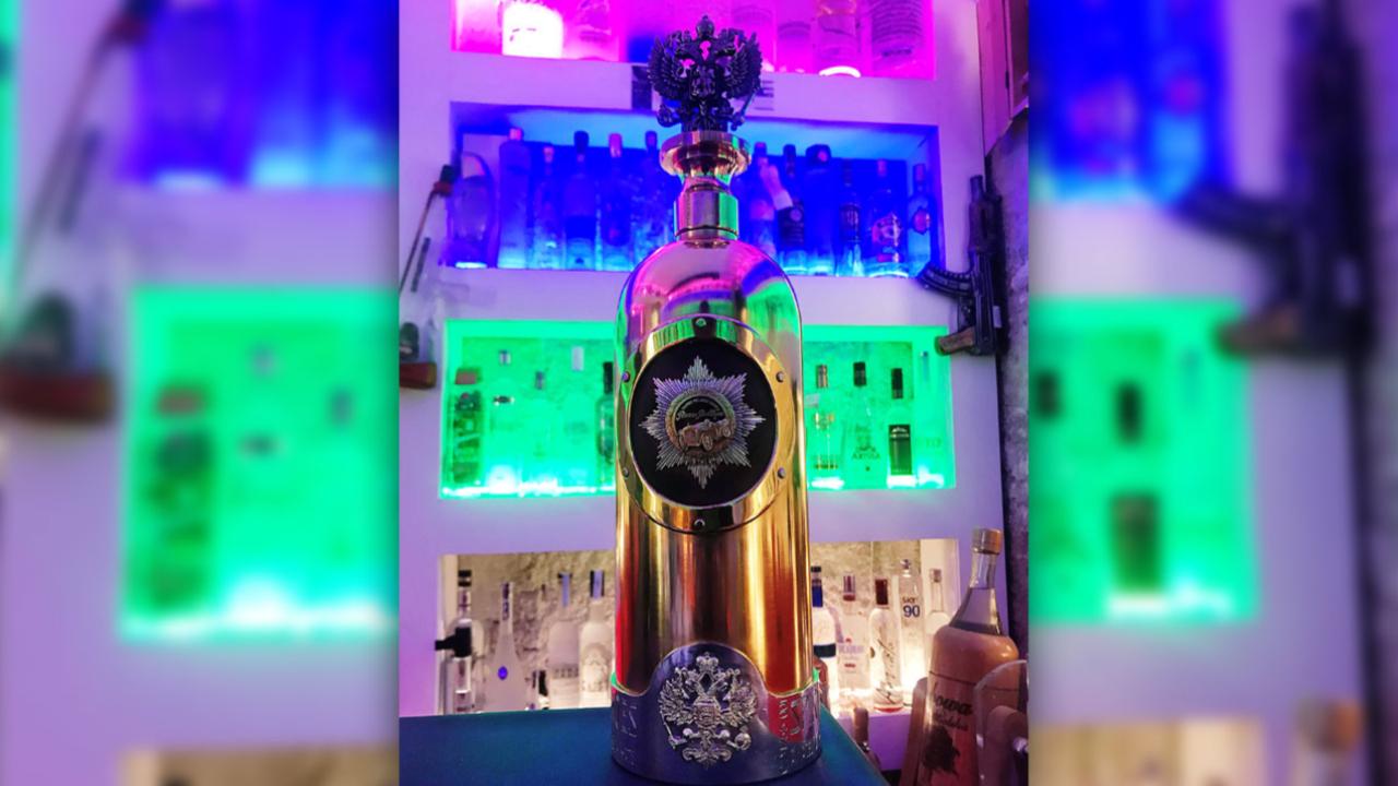 【盗難】「世界一高価」なウォッカボトル、発見されたが中身は空「中身のウォッカは同じのがあるから詰め直す」wwww のサムネイル画像