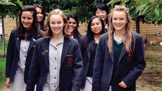 【驚愕】超名門女子高で生徒が「教育レベル低い」と抗議 床に排便するwwwwwwwwwwwwwwwのサムネイル画像