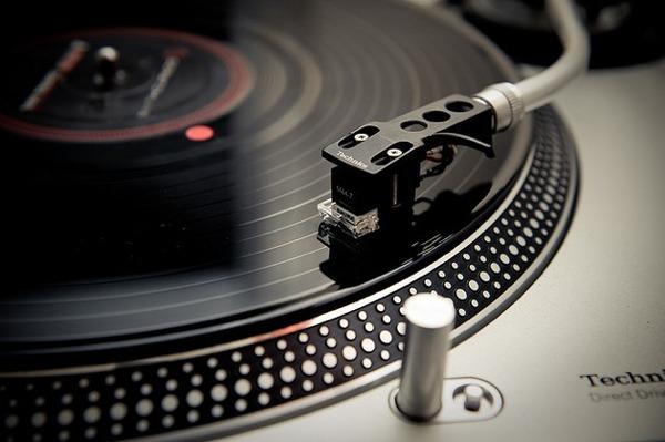 ソニー、レコード29年ぶり国内生産 若者に人気広がるのサムネイル画像
