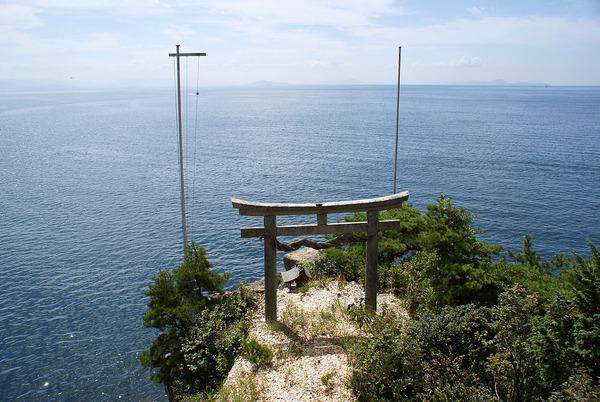 滋賀県「観光客は5000万人来てるのに、宿泊客が全然増えないんだが・・・」 のサムネイル画像