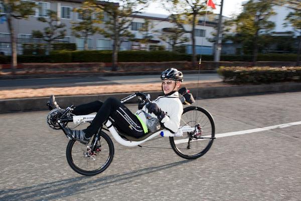 【訃報】漫画家の小路啓之さん「リカベントバイク」で転んで死亡 これ普通に考えて危ないよな・・・のサムネイル画像