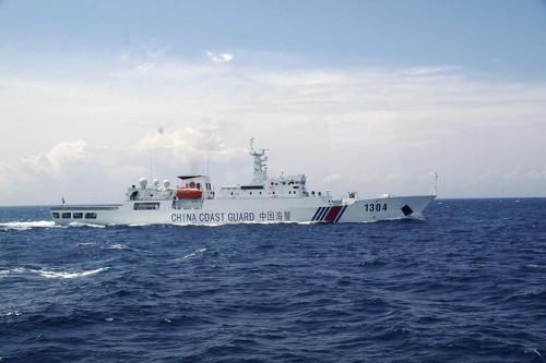 【緊急】中国武装船、九州北部の領海に侵入・・・のサムネイル画像