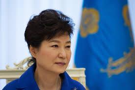 【悲報】韓国・朴槿恵大統領、史上最低の支持率5%へwwwwwwwwww 歴史に残ったなwwwwwのサムネイル画像