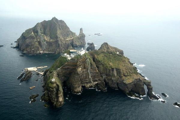 【悲報】韓国、独島に少女像建設へ → 京畿道議会の団体が募金開始wwwwwwwwwwwwwwwwwwwのサムネイル画像