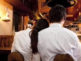 【兵庫】酒に酔った女性部下(22)を上司(36)が介抱、自宅まで送る → 部下の彼氏に見つかってしまい大変なことに・・・のサムネイル画像