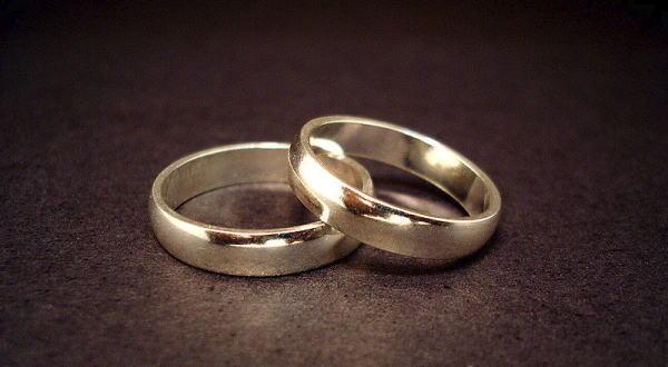 結局、結婚にメリットってあるの?のサムネイル画像