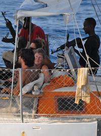 ロシア海軍の軍艦が現場に急行中 ロシアのタンカーがソマリア沖で海賊に乗っ取られるのサムネイル画像