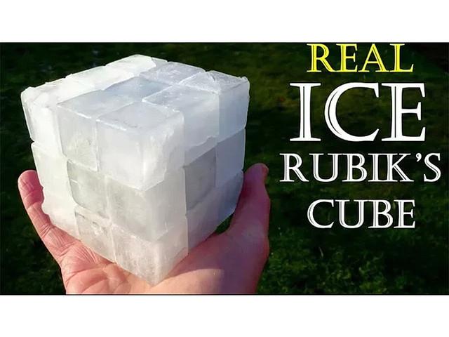 【奇才】ちゃんと動くぞ! 氷で作ったルービックキューブwwwwwのサムネイル画像