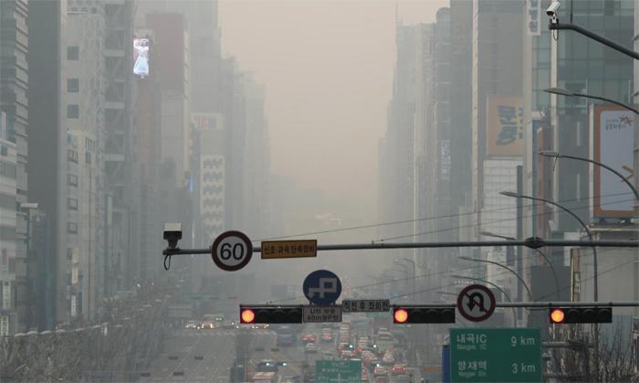 【画像】韓国ソウル、PM2.5により世界で2番目に空気が汚れた都市にwwwwwwwwwwwwwwwのサムネイル画像
