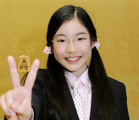【将棋】小6で女流プロを破る快挙を成し遂げた竹俣紅さんが、決勝で男性棋士に敗れるのサムネイル画像