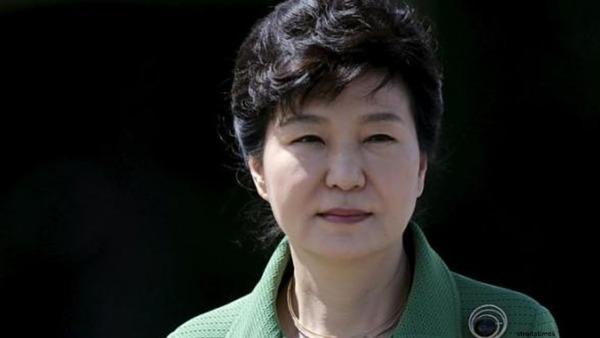 【ムショ行きか?】韓国朴前大統領逮捕へのサムネイル画像