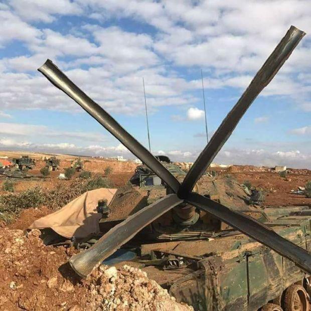 【衝撃画像】戦車が「自ら撃った」砲弾に耐え切れなかった結果wwwwwwwwwwwwwのサムネイル画像