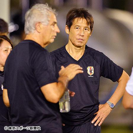 【サッカー】西野ジャパン、メンバーが前回大会と変わらない説wwwwwwwwwwwのサムネイル画像
