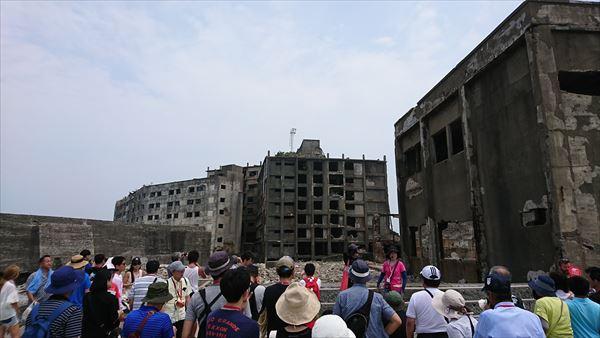長崎の軍艦島に韓国人客が急増、横断幕を掲げるなどのトラブルも・・・のサムネイル画像