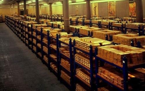 造幣局「その金塊うちの職員が盗んだやつだから返して」質屋「ふざけんな、7450万円で売ってやるよ」のサムネイル画像