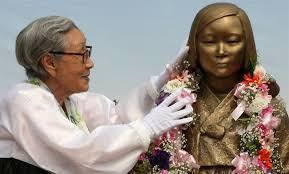 【韓国】慰安婦被害者「10億円を日本に返すべき」→ その結果wwwwwwwwwwwのサムネイル画像