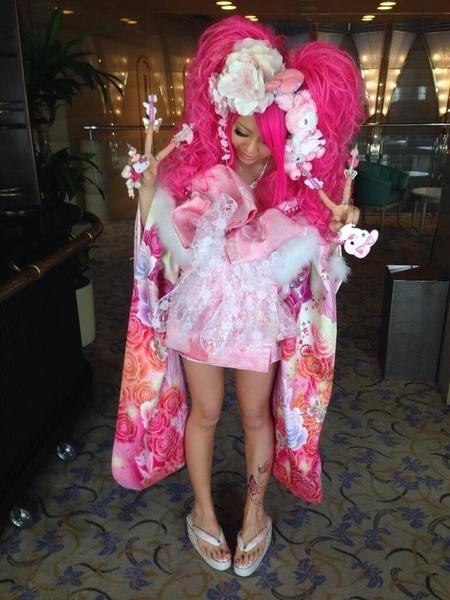 日本の成人式がマジでとんでもない事になってる画像。これはヤバイwwwwwwのサムネイル画像