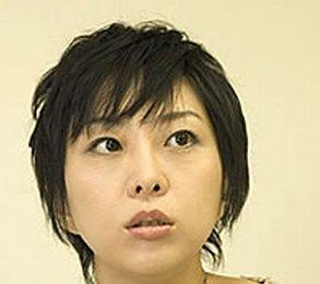 室井佑月「本当に頭がいい子の机の上はぐちゃぐちゃ」 子どもの才能が伸びる片付け術に疑問のサムネイル画像