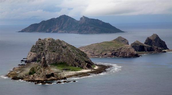 【速報】中国の武装船団、尖閣沖の領海に侵入のサムネイル画像