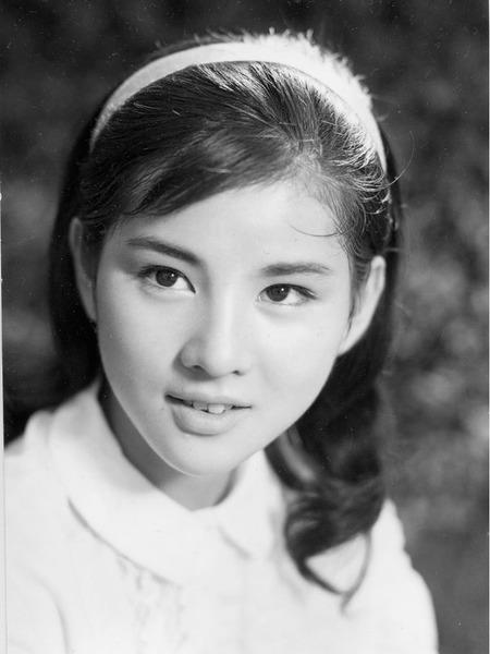 【衝撃】吉永小百合「結婚相手はどなたでもよかったんです」 のサムネイル画像