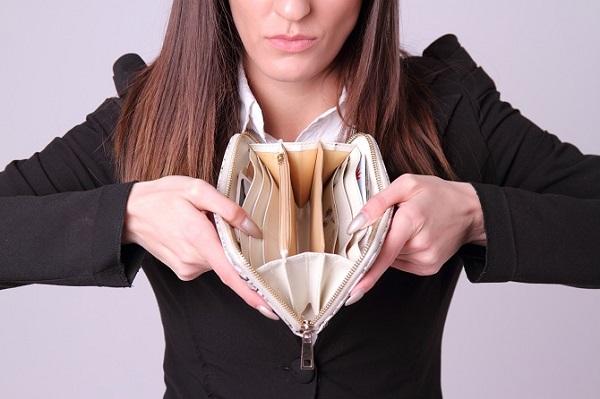 貧困女性「奨学金はもらえるものだと思っていた、返済義務は一種の虐待」のサムネイル画像
