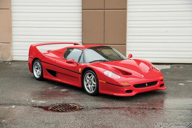 マイク・タイソンの愛車「フェラーリ F50」がオークションに → 落札予想価格は2.6億円のサムネイル画像