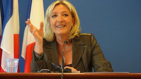 【悲報】フランス大統領選第1回投票「マリーヌ・ルペン」が勝利wwwwwwwwwwwwのサムネイル画像