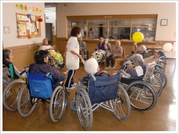 老人ホームにパチンコ台を贈呈した結果wwwwwwwwwwwwwwwwwのサムネイル画像