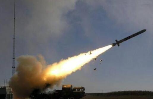 【朗報】安倍首相「国民の命を守るには、相当質の高い防衛力を持たなければならない。」→ 長距離巡航ミサイル導入へwwwwwwwww のサムネイル画像