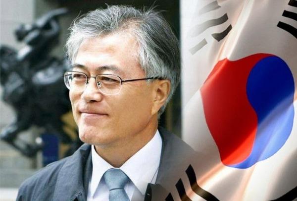 【韓国】文在寅大統領「日本は慰安婦に対して許されるまで心から謝罪しろ」  のサムネイル画像