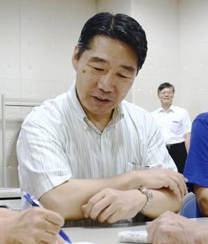 【聖人】前川喜平氏、福島でボランティアの夜間中学講師を務めるwwwwwwwwのサムネイル画像