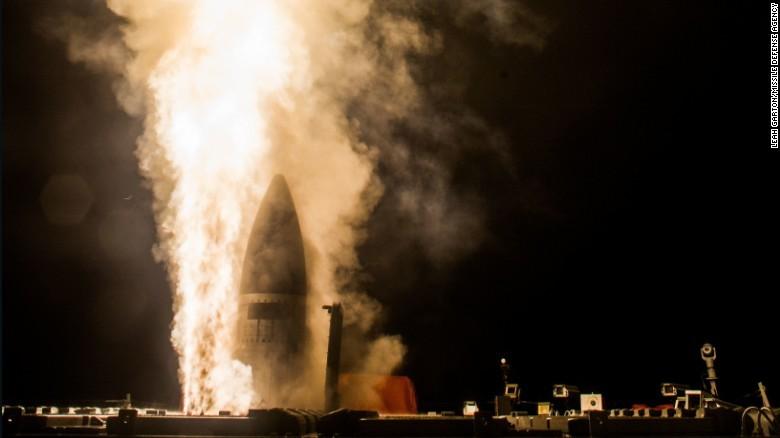 【悲報】日米、ミサイル迎撃実験に失敗wwwwwwwwwwwwwwwwwwのサムネイル画像