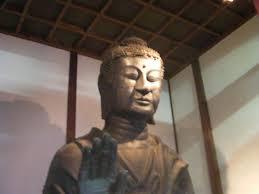 【奈良】国宝の仏像などに液体をぶちまけられる・・・ どこのクソ民族だよ犯人は!!!!!!!!!のサムネイル画像