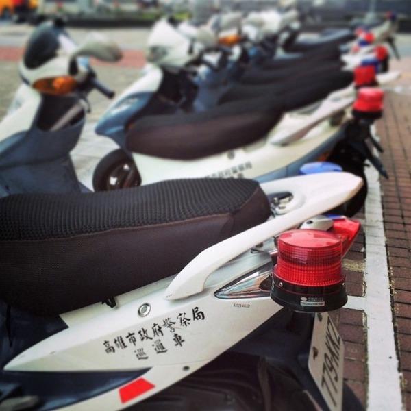 【旅行】台湾で日本人女性が大泣き→警官が駆け付け事情を聞くと・・・のサムネイル画像