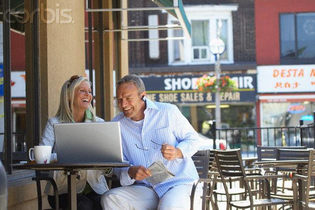 アメリカ人は小型ノートPCへの執着心がなく、3kgくらいのノートPCを平気で持ち歩くのサムネイル画像