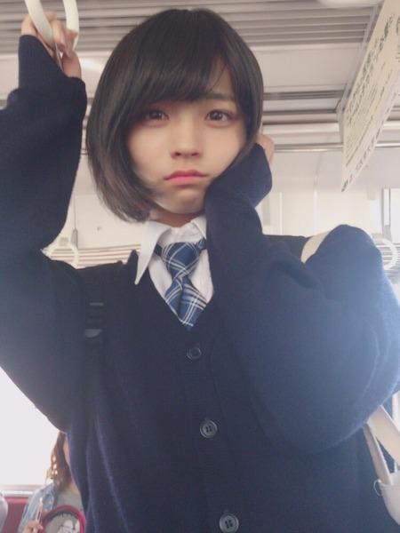 【兵庫】全校生徒の前で「完全な女の子になりたい!」 → 女子の制服を着て登校へ!!!のサムネイル画像