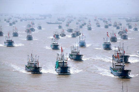 尖閣へ向けて中国の武装漁船団が出港 ← 日本どうすんの?のサムネイル画像