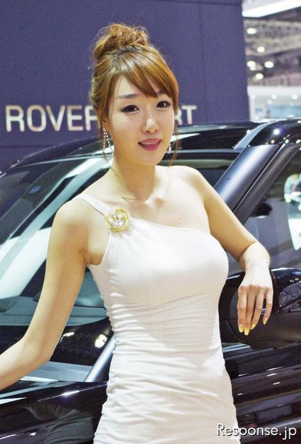 【画像あり】ソウルモーターショーに韓国の美女が勢ぞろい?のサムネイル画像