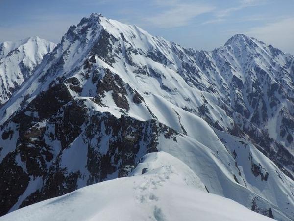 【大学生は可】高校生の冬山登山、禁止を検討へwwwwwwwwwwwwwwwwのサムネイル画像