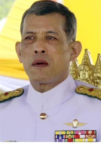 【タイ国王死去】タイの次期国王「ワチラロンコン皇太子」ってどんな人? → バツ3とかいきなりワロタwwwwwwwwwwwのサムネイル画像