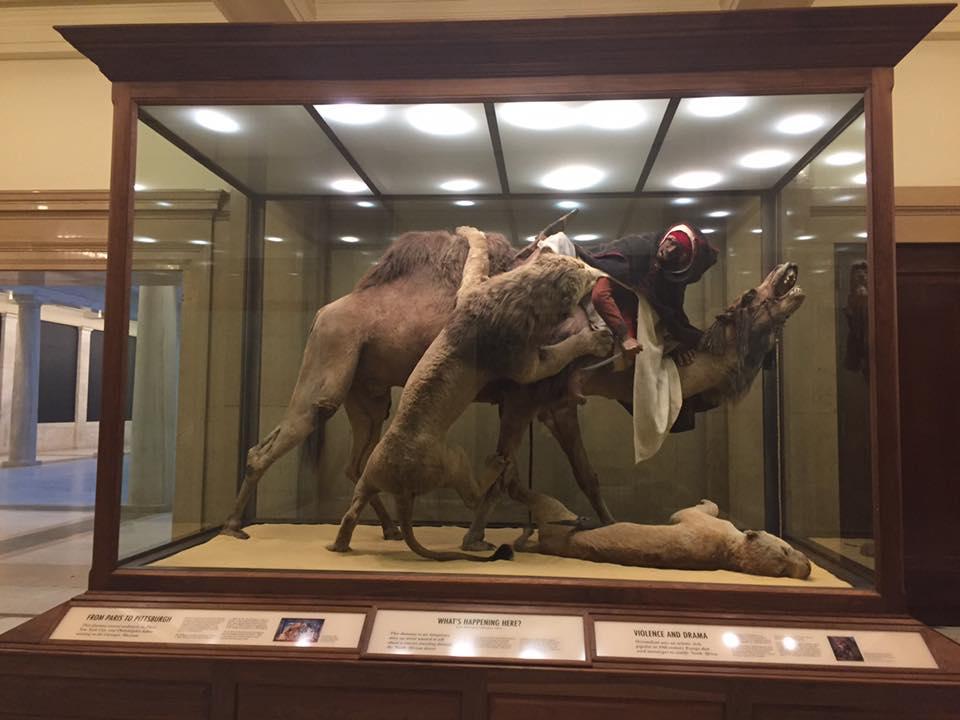 博物館に展示されていたマネキン。実は人が埋められていたことが判明し、大騒ぎにwwwwwのサムネイル画像