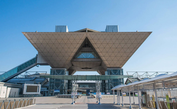 【悲報】東京ビッグサイトが2019年から使えなくなりコミケ等のイベントが完全に終わる・・・のサムネイル画像