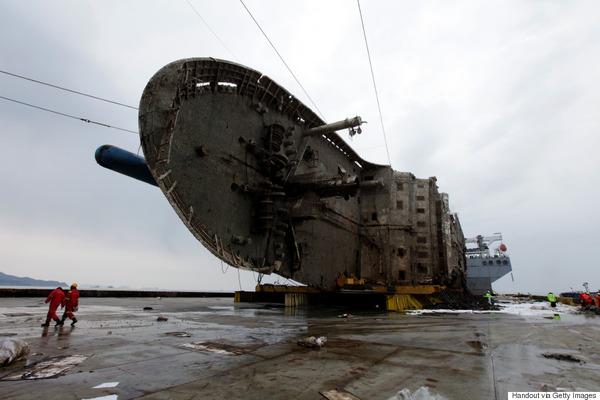 【衝撃】韓国のセウォル号惨事、救助は「できなかったのではなく、しなかった」のサムネイル画像