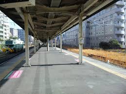 【悲報】JR板橋駅にて痴漢疑い男、ホームから線路に飛び降り逃走wwwwwwwwwwのサムネイル画像