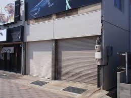 【朗報】政府、空き店舗が立つ土地への課税強化を検討・・・のサムネイル画像