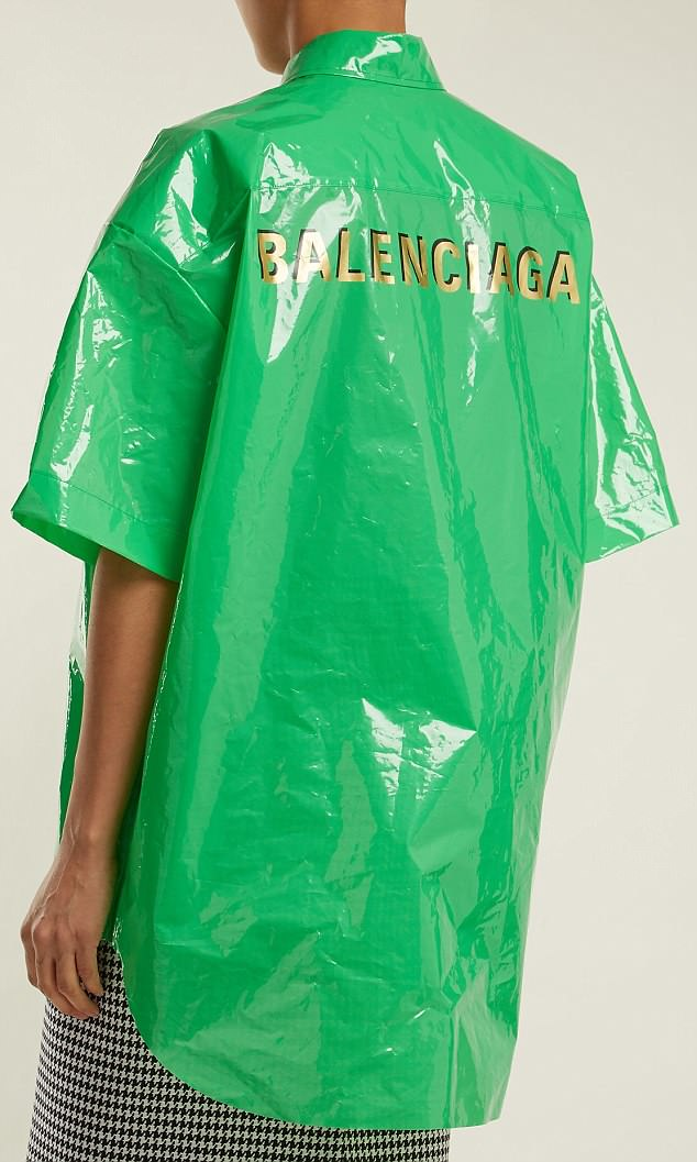 【悲報】高級ブランド、ゴミ袋みたいな素材のシャツを10万円で販売 → その結果wwwwwwwwwwwwのサムネイル画像