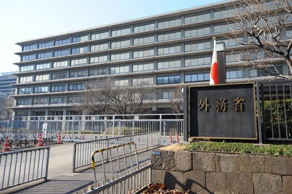 日本政府「日韓合意維持以外、選択肢ない」 韓国に抗議のサムネイル画像