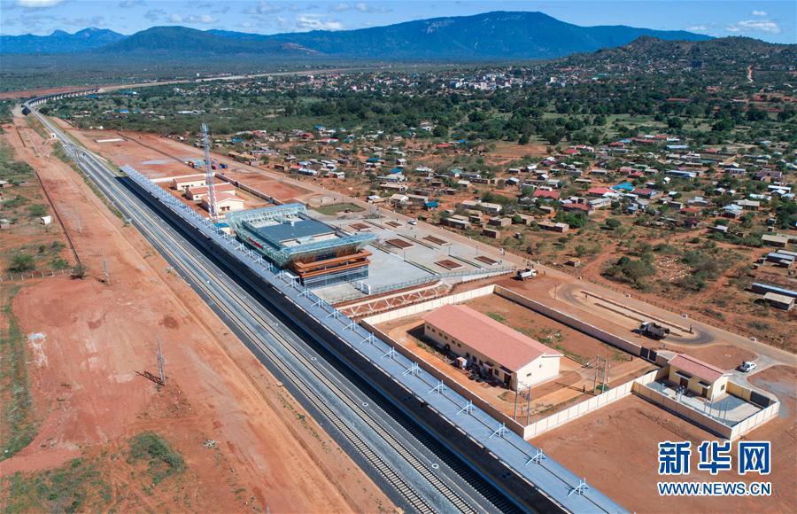 【画像】中国のおかげでアフリカに現代的な鉄道が誕生へwwwwwwwwのサムネイル画像